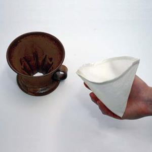 純国産絹を材料にしたコーヒーフィルター 「絹製珈琲フィルター」