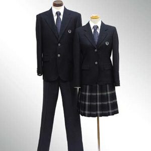 仕立て直しと繊維リサイクルができる 京都流エコ学生服「kyo-seifuku ecoさくら」